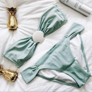 VICTORIAS SECRET Seafoam Mermaid Shell Bikini set